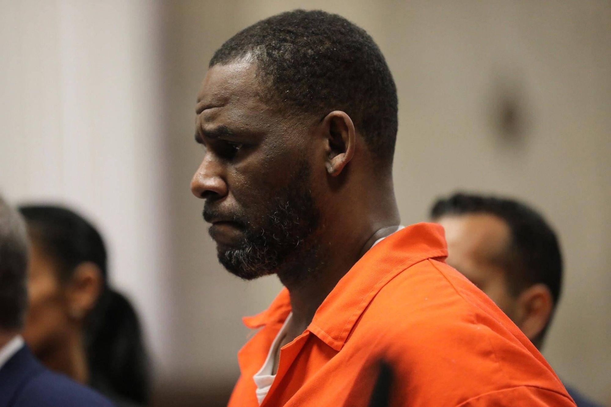 la star du R&B R. Kelly, emprisonné dans l'attente de son procès