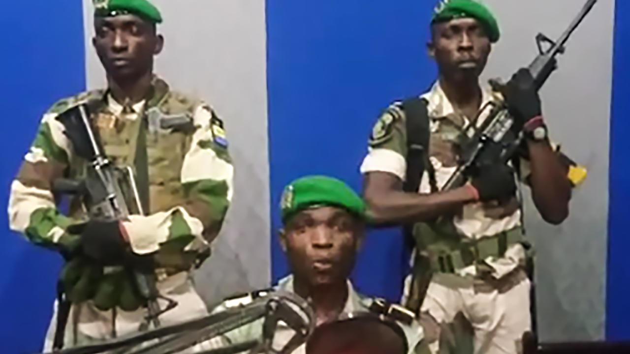 Le 7 janvier 2019 au Gabon, un groupe d'une dizaine de militaires avait lancé un appel à la radio-télévision nationale disant vouloir sauver le pays du «chaos».